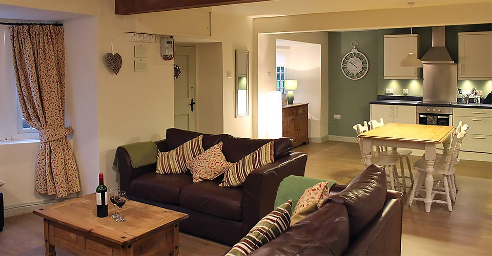 holiday cottage self catering kitchen and lounge